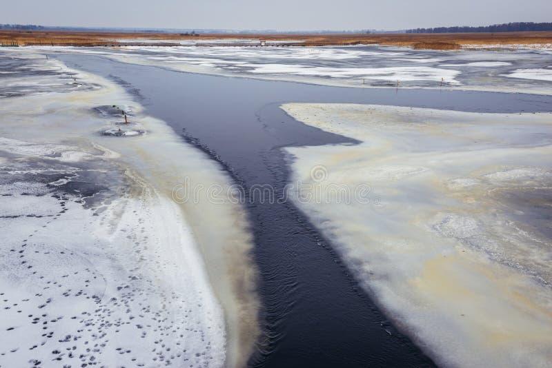 Gevlecht kanaal van Narew-Rivier stock fotografie