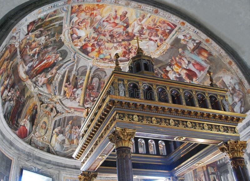 Gewölbtes Fresko in Rom lizenzfreies stockfoto