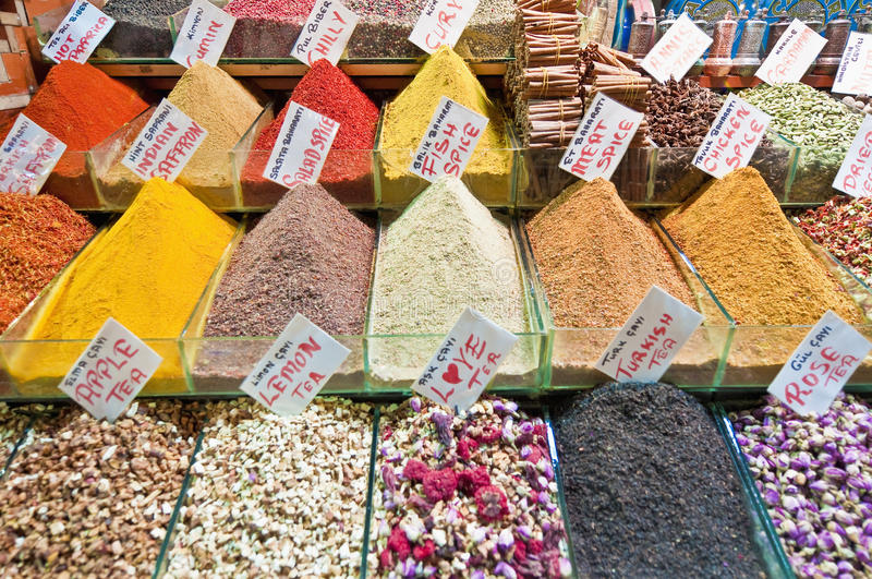 Gewürz-Basar in Istanbul lizenzfreies stockfoto