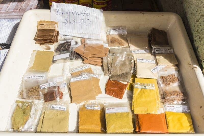 Gewürze für Verkauf Havana lizenzfreies stockbild