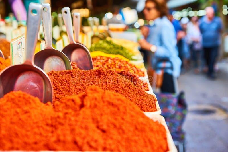 Gewürzregale in Carmel Market lizenzfreies stockfoto