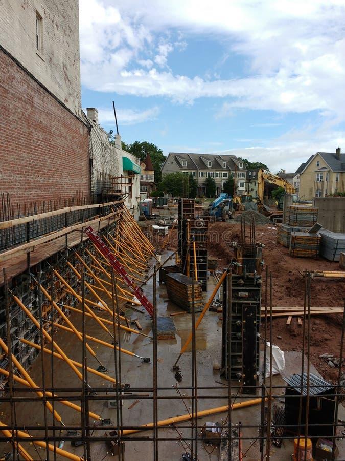 Gewapend beton Kolommen bij een Bouwwerf, Rutherford, NJ, de V.S. stock foto