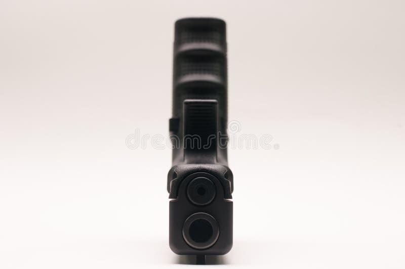 Gewehr 9 Millimeter mit Zeitschrift stockfotografie