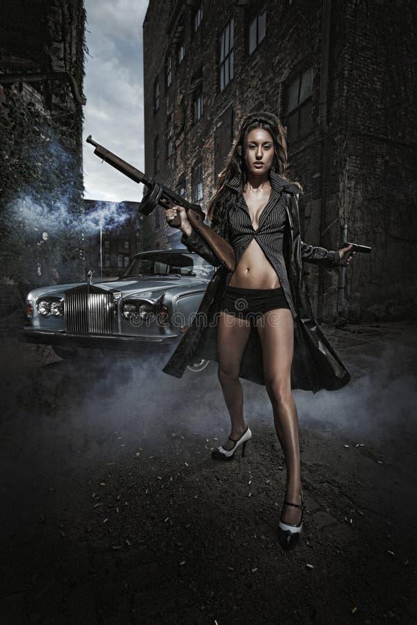 Gewehr-Schüsse - Mafia-Meuchelmörder Stockfotografie