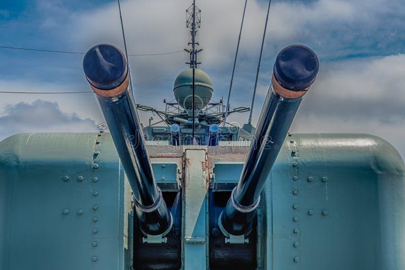 Gewehre von HMAS-Vampir, Darling Harbour, Sydney, Australien lizenzfreie stockbilder