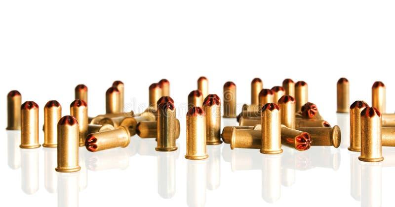 Download Gewehrkugeln stockbild. Bild von gewehr, glänzend, gold - 9093037
