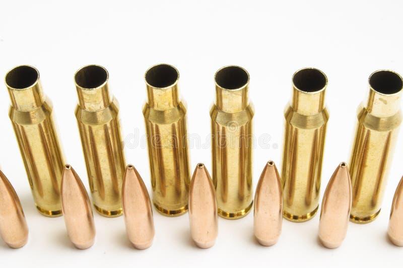 Gewehrkugeln getrennt stockbild