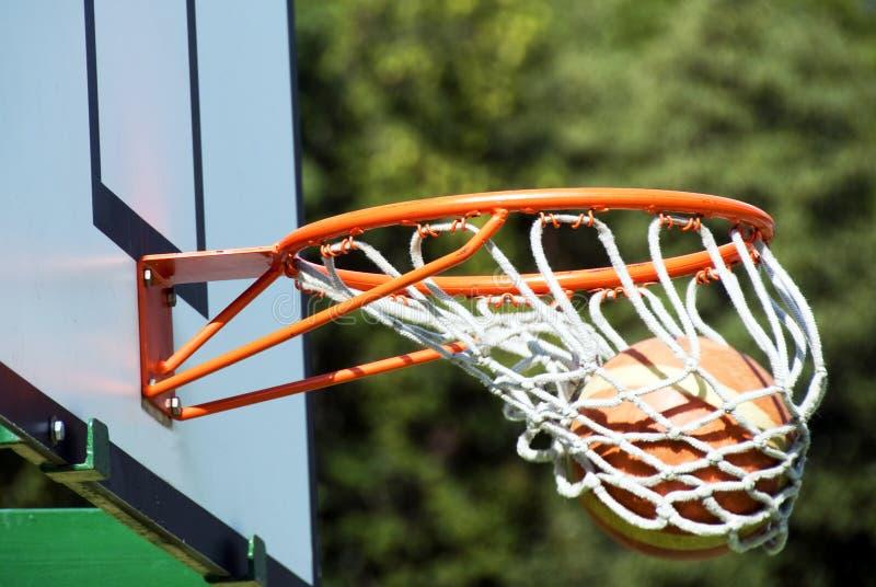 Gewinnender Schuß - Basketball stockbilder