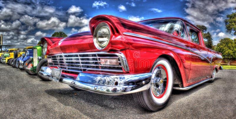 Gewohnheit gemalter fünfziger Jahre Amerikaner-Ford-Kleintransporter lizenzfreies stockbild