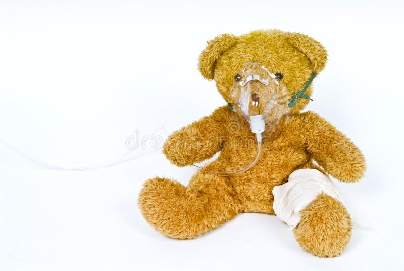 Gewonde teddy royalty-vrije stock afbeelding