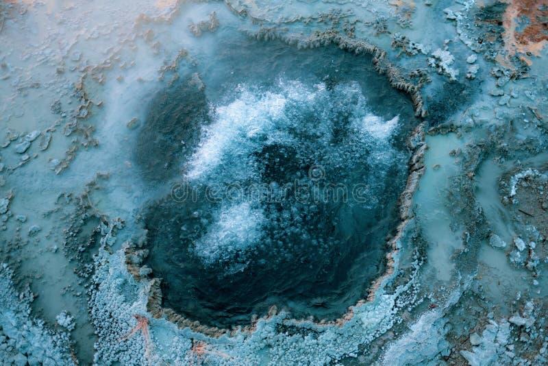 Geyser de ebulição, parque nacional de Yellowstone fotos de stock royalty free