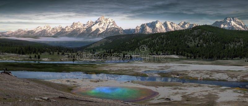 Geyser em Yellowstone fotos de stock