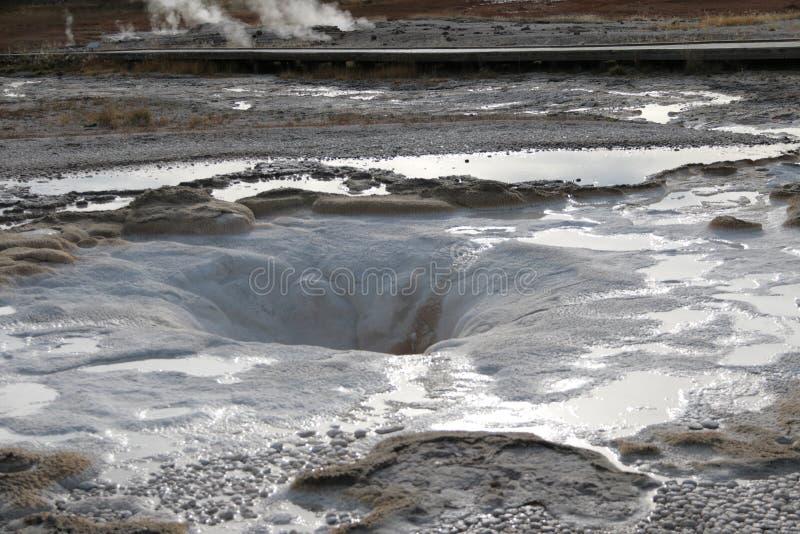 Geyzers del parque nacional de Yellowstone imagenes de archivo