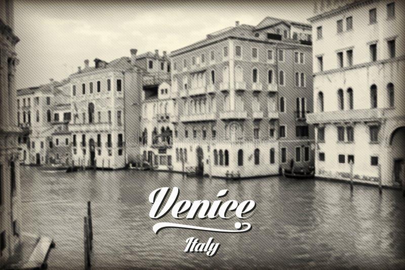 Gezellig ouderwets kanaal in historisch Venetië royalty-vrije illustratie