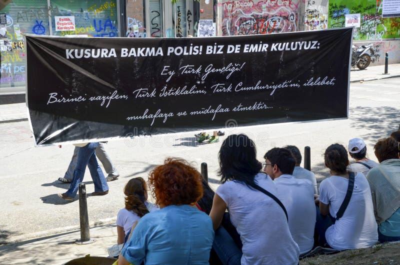 Gezi-Parkproteste demonstrationsmodelle lizenzfreies stockbild