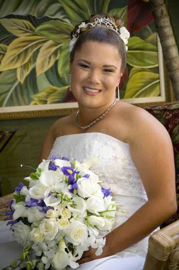 Gezicht van een gelukkige jonge bruid stock afbeeldingen