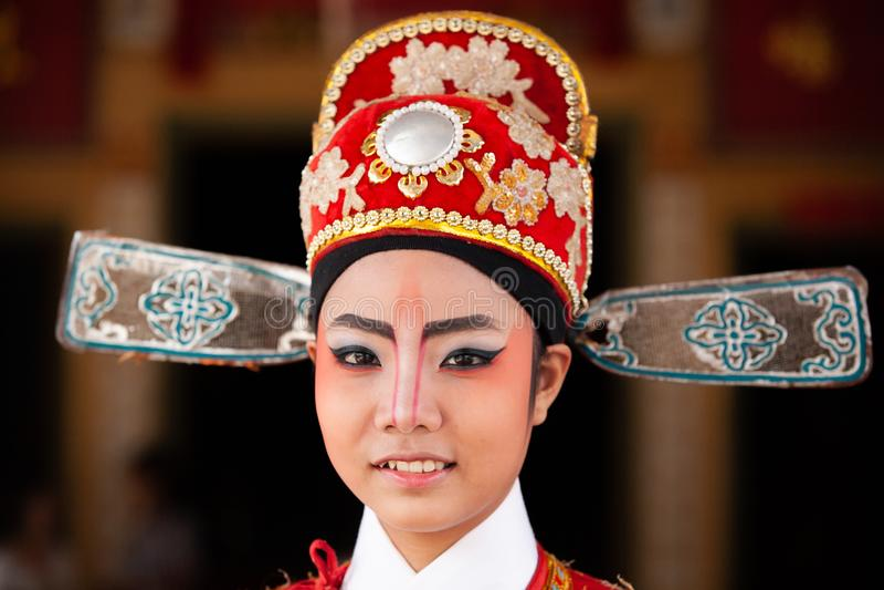 Gezicht van een mooie Chinese operaactrice met gezicht het schilderen Cl royalty-vrije stock afbeeldingen