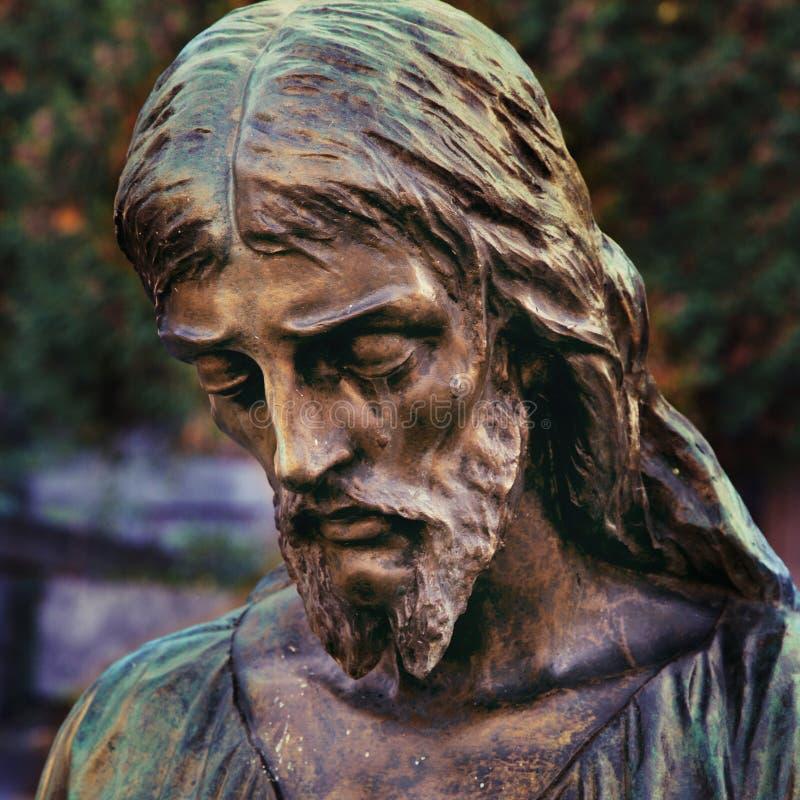 Gezicht van Jesus Christ-kroon van doornenstandbeeld royalty-vrije stock afbeeldingen