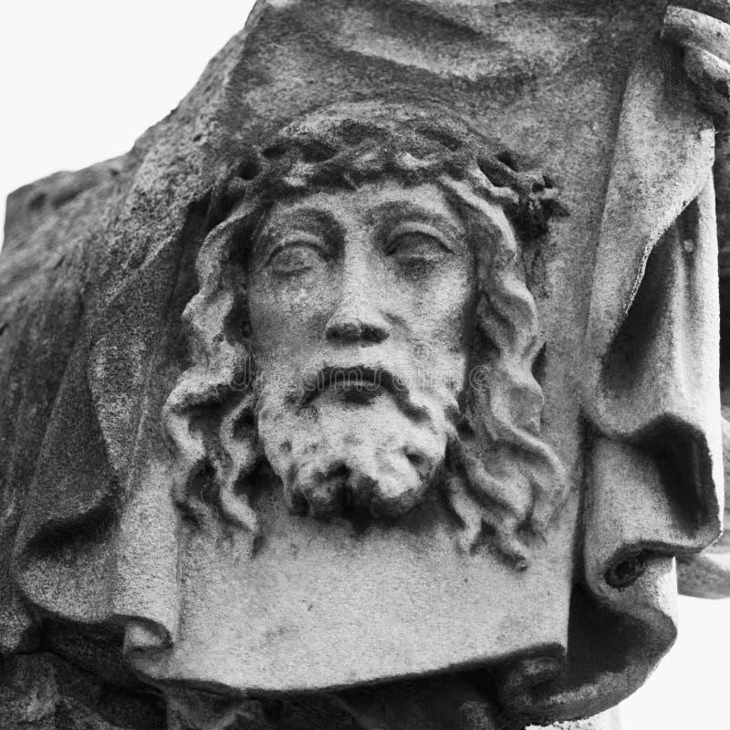 Gezicht van Jesus Christ-kroon van doornenstandbeeld stock afbeelding
