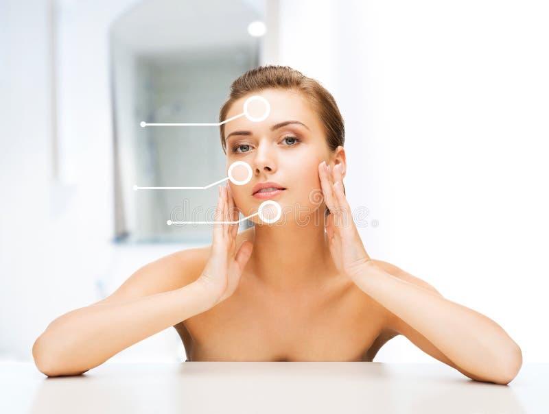 Gezicht van vrouw met droge huid stock foto's
