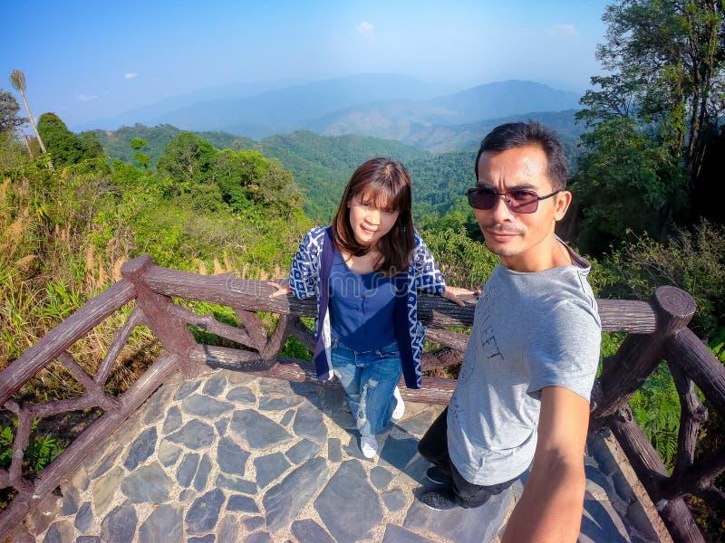 Gezichtspunt bij het Nationale die Park van Doi Phu Kha, in Nan Province, Thailand wordt gevestigd royalty-vrije stock fotografie