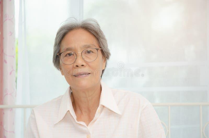 Gezond bejaard concept stock foto's
