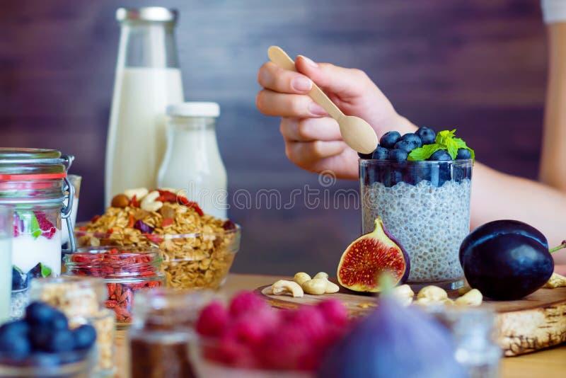 Gezond geschiktheidsvoedsel voor ontbijt stock afbeeldingen