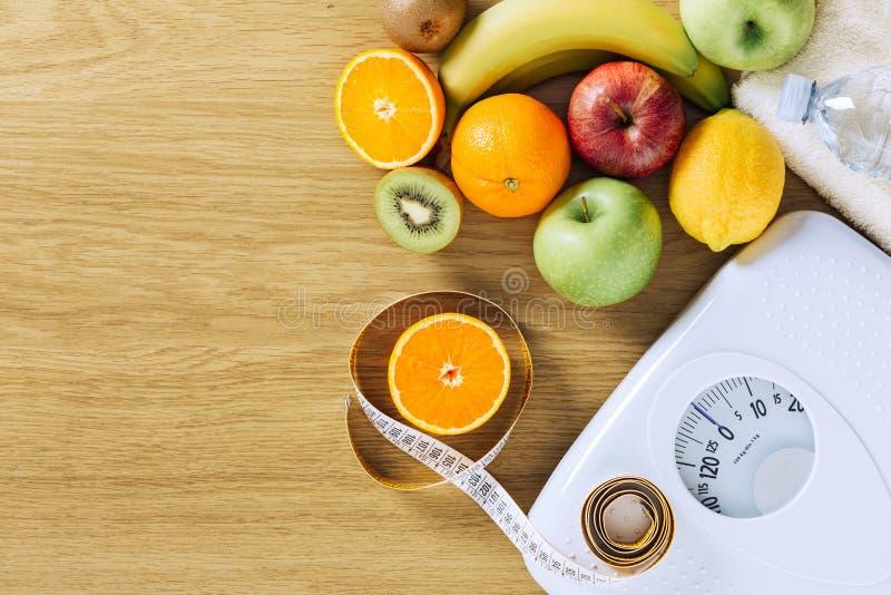 Gezond het eten en gewichtsverliesconcept stock afbeeldingen