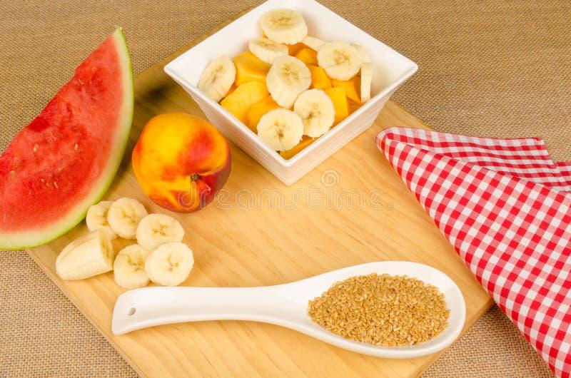 Gezond ontbijt aan boord stock foto's