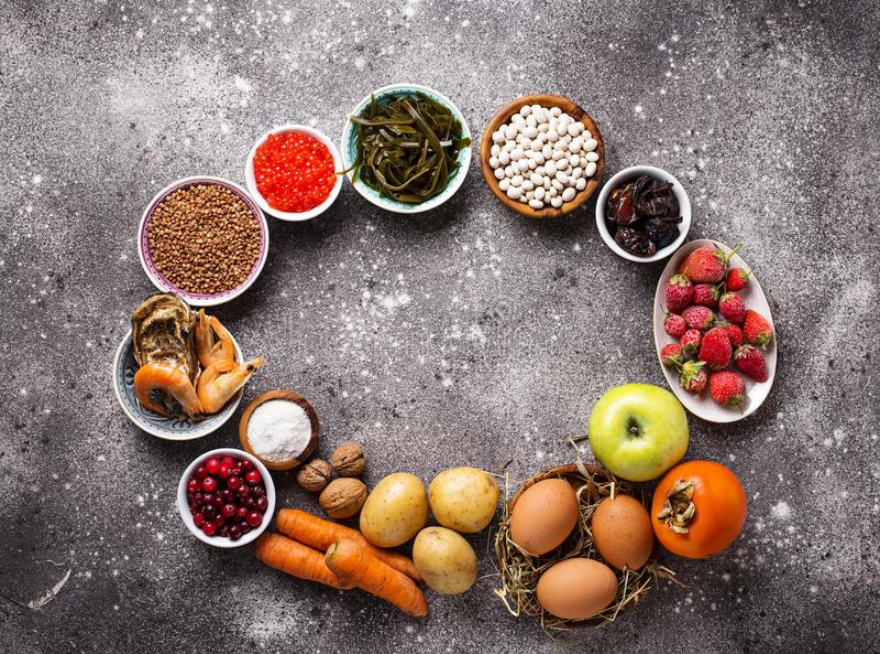 Gezond voedsel die jodium bevatten Productenrijken in I royalty-vrije stock foto's