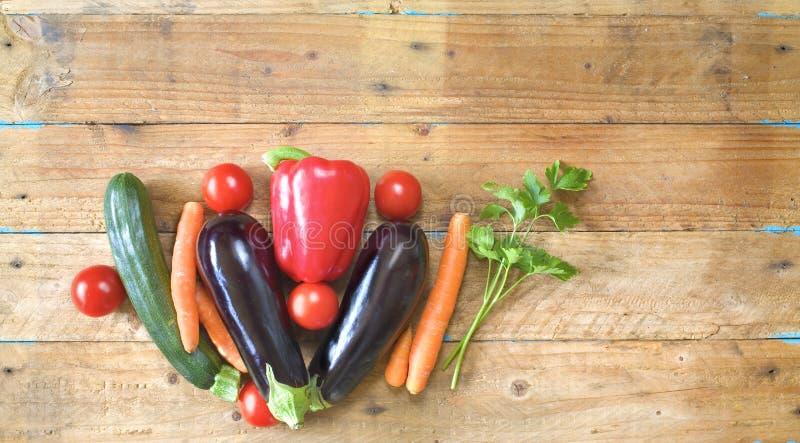 Gezond voedsel, diverse groenten royalty-vrije stock afbeelding