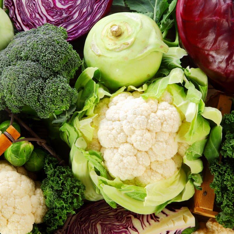 Gezonde achtergrond van kruisbloemige groenten stock fotografie