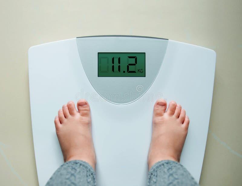 Gezonde Gewichtsaanwinst voor Baby of Kinderenconcept, 2 Jaar Oud royalty-vrije stock afbeeldingen