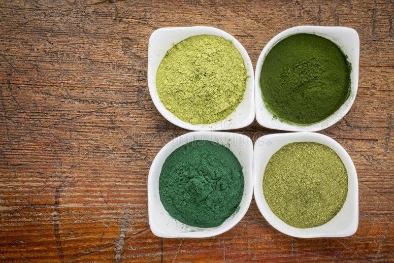 Gezonde groene dieetsupplementen royalty-vrije stock afbeeldingen