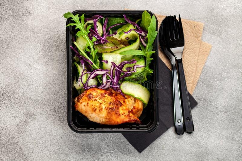 Gezonde maaltijd prep containers stock fotografie