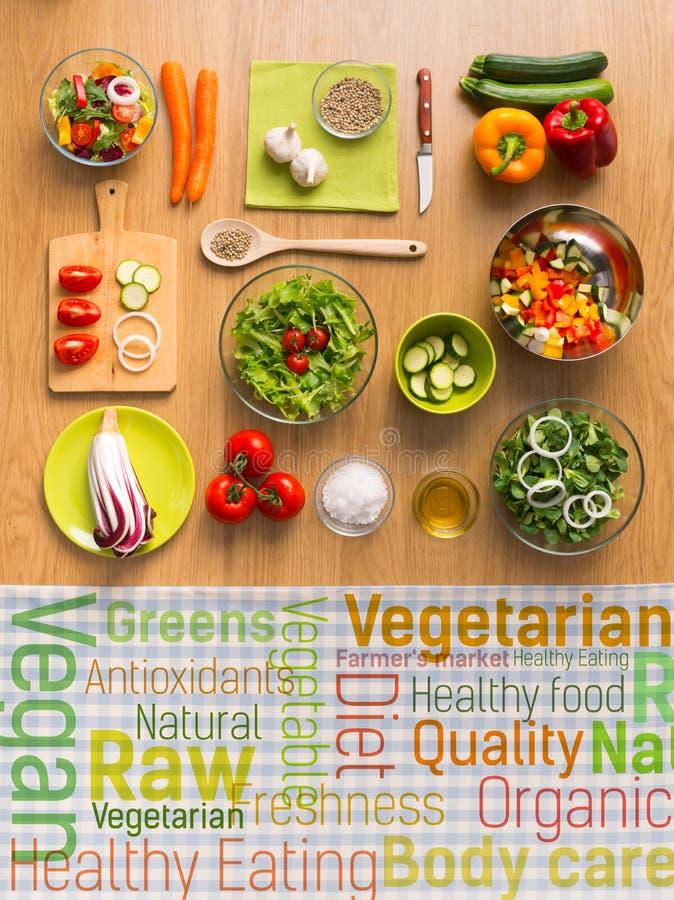 Gezonde vegetariër die concepten eten stock fotografie