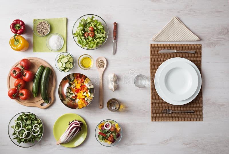 Gezonde vegetarische maaltijd royalty-vrije stock foto's