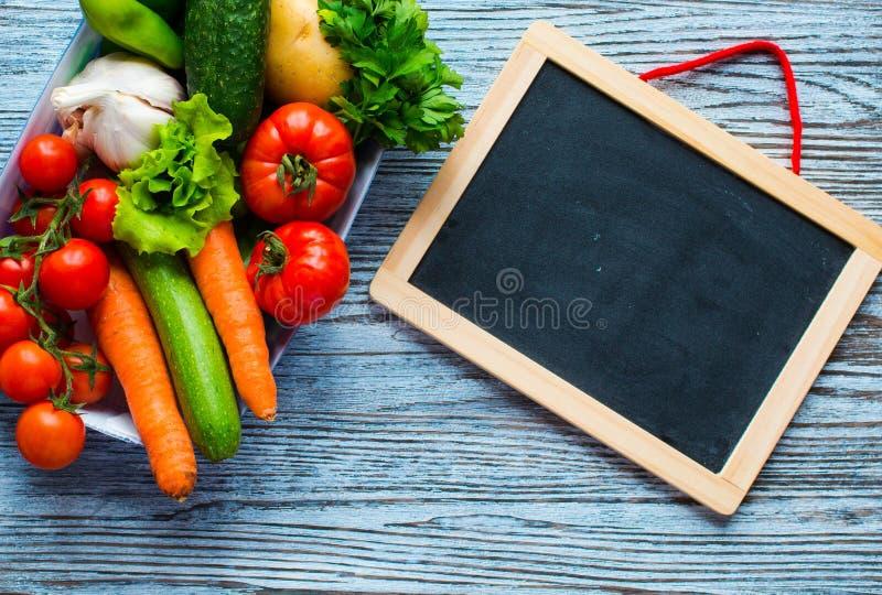 Gezonde voedsel en exemplaar ruimte, verse groenten royalty-vrije stock afbeelding