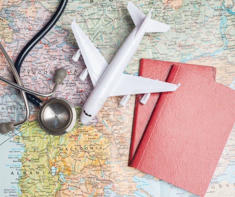 Gezondheid/medisch toerisme of buitenlandse verzekeringsreis royalty-vrije stock afbeelding