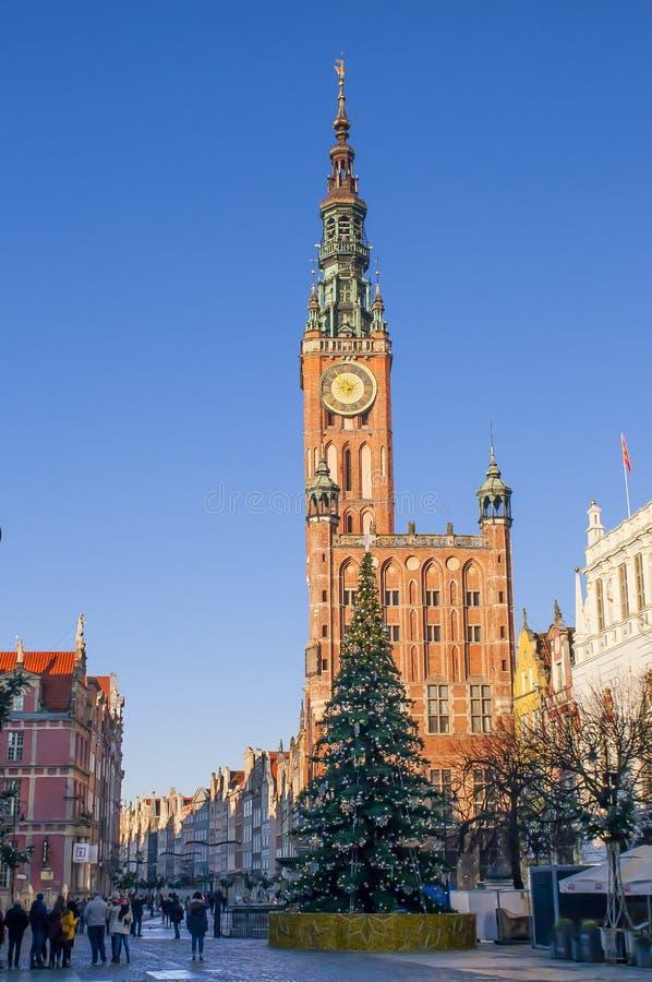 GGDANSK, POLEN - DECEMBER 2, 2017: De oude stad van Gdansk met Kerstmisdecoratie, Polen De barokke architectuur van de Lange Stee stock afbeeldingen