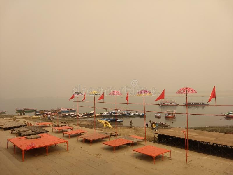 Ghaat Assi, Варанаси, Индия стоковое фото