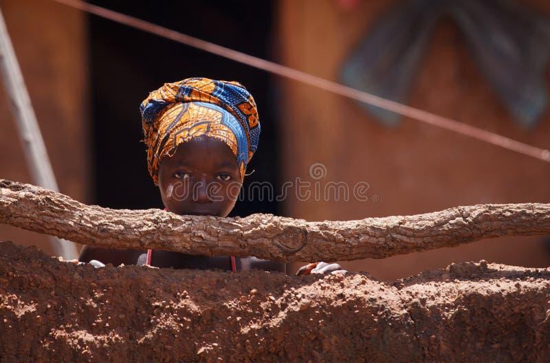 Ghana flicka med leendeframsidan royaltyfria bilder