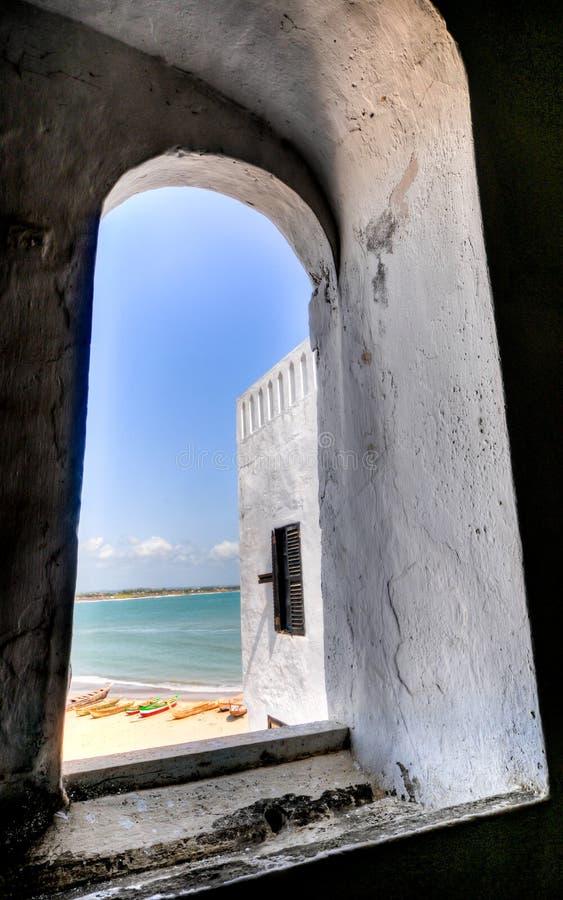Ghana: Sitio del patrimonio mundial del castillo de Elmina, historia de la esclavitud fotografía de archivo