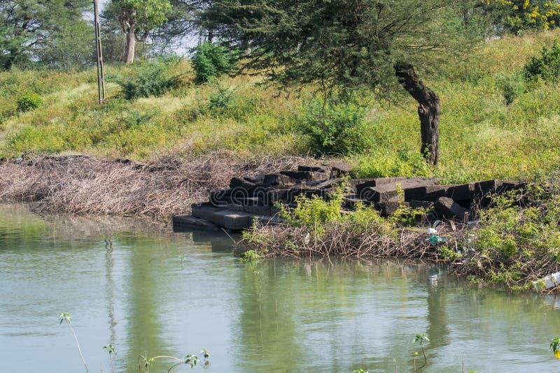 Ghat antigo na Índia do pantanal foto de stock royalty free