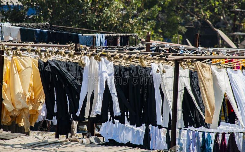 Ghat de Dhobi, um lugar para a lavanderia do ar livre em Mumbai, Índia imagens de stock