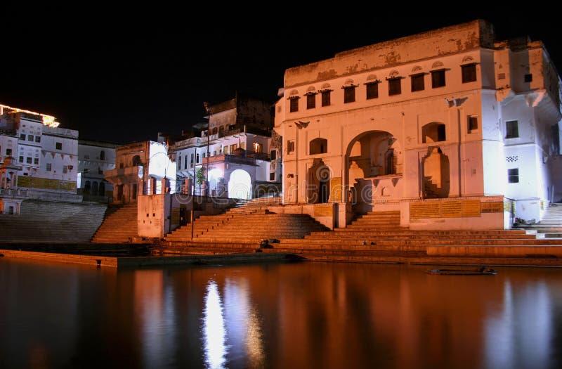 Ghats alrededor del lago pushkar fotografía de archivo libre de regalías