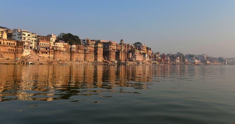 Ghats Hindu em Varanasi fotos de stock