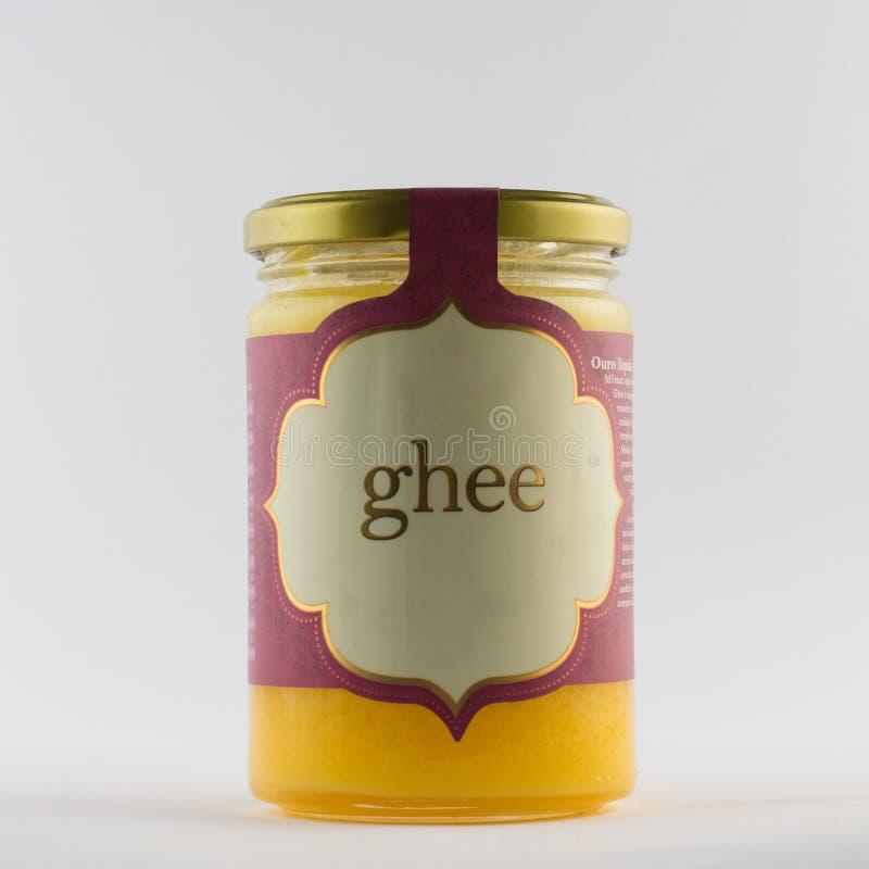 Ghee σε ένα βάζο Ελεύθερο βούτυρο λακτόζης στοκ φωτογραφία με δικαίωμα ελεύθερης χρήσης