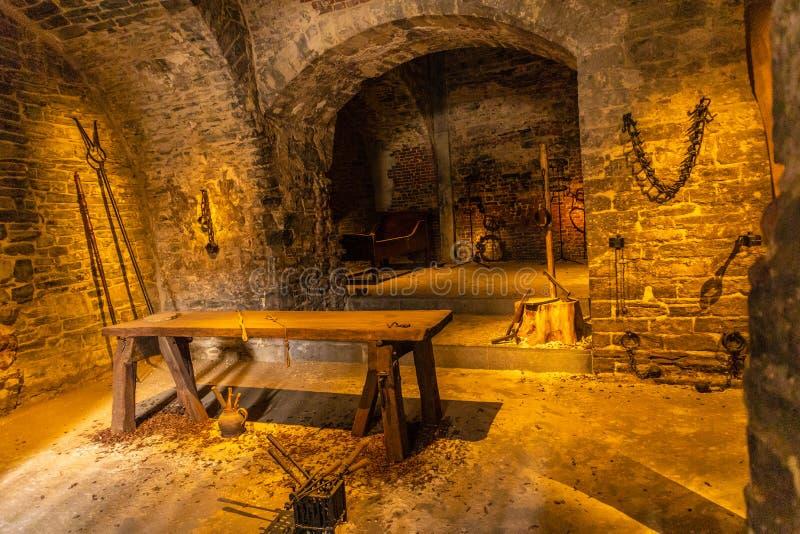 Ghent Belgien - APRIL 6, 2019: Gravensteen Detaljer inom slotten Medeltida slott p? Ghent arkivbild