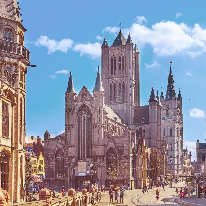 Ghent Belgien med den St Nicholas `-kyrkan royaltyfri foto